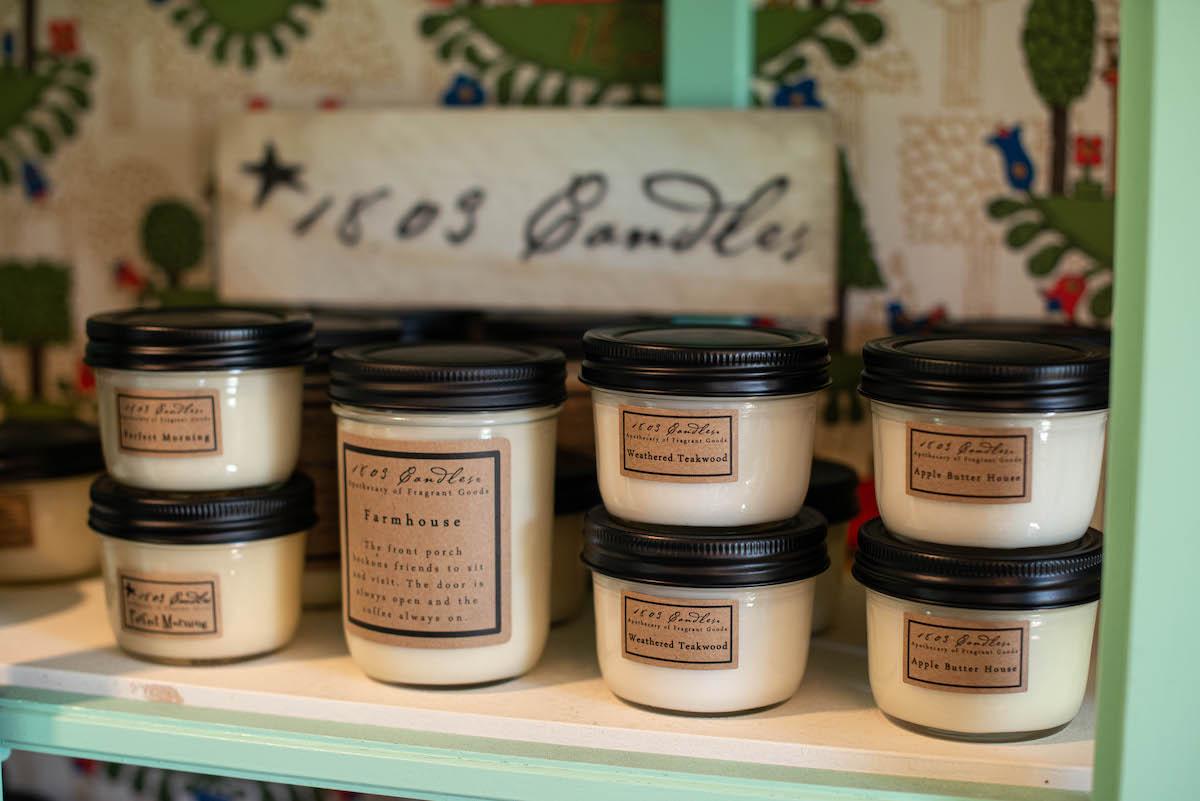 Antique Gift Shop Vintage Décor Farmhouse Candles