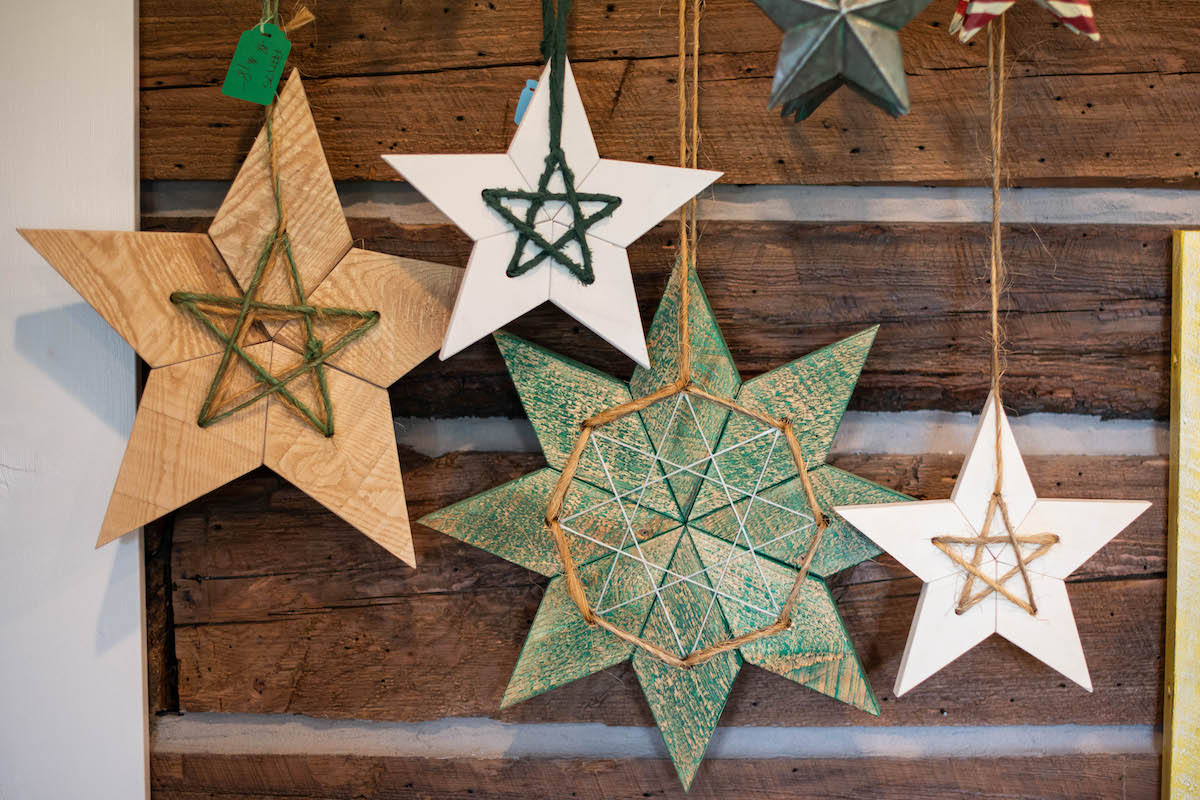 Holiday Themed Gifts and Collectables Stars